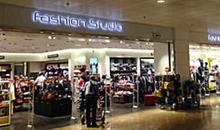 10 % de réduction par tranche d'achat de minimum € 75 <p>Mode et accessoires de haute qualité : par tranche d'achat de minimum € 75</p>